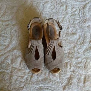 Earth Suede Wedge Sandals
